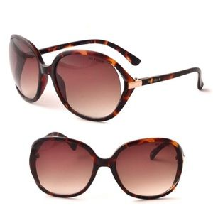 Tommy Hilfiger Molly Vented Tortoise Sunglasses